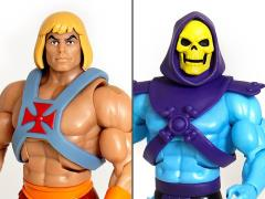 Masters of the Universe Ultimates Club Grayskull Set of 2 Figures