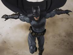 Justice League S.H.Figuarts Batman