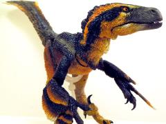 Beasts of the Mesozoic: Raptor Series Deluxe Pyroraptor olympius Figure (Fan's Choice)