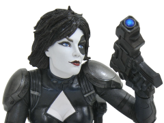 Marvel Premier Collection Domino Statue