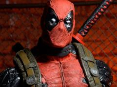 Epic Marvel Number 00 Deadpool 1/4 Scale Figure