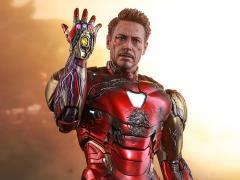 Avengers: Endgame MMS528D33 Iron Man Mark LXXXV (Battle Damaged Ver.) 1/6th Scale Collectible Figure