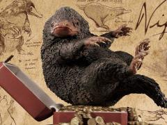 Fantastic Beasts and Where to Find Them Life Scale Masterline Niffler Statue