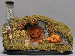 The Hobbit 16 Hill Lane Hobbit Hole (Halloween) Diorama