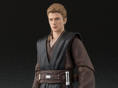 Star Wars S.H.Figuarts Anakin Skywalker (Attack of the Clones) Exclusive