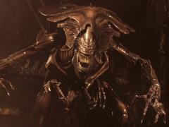 Alien: Resurrection Ultra Deluxe Alien Queen Figure
