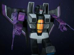 Transformers G1 Museum Scale Skywarp Statue