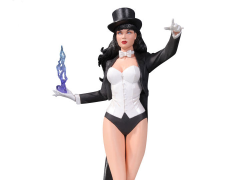 "Cover Girls of the DC Universe Zatanna Statue (Stanley ""Artgerm"" Lau) (2nd Edition)"