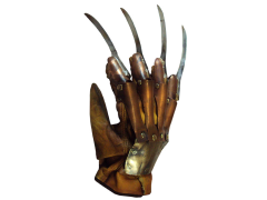 A Nightmare on Elm Street 2 Deluxe Freddy Krueger Glove
