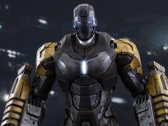 Iron Man 3 MMS277 Striker (Mark XXV) 1/6th Scale Collectible Figure + $125 BBTS Store Credit Bonus