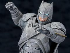 Batman v Superman ArtFX+ Armored Batman Statue