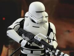Star Wars: The Force Awakens MMS326 First Order Flametrooper 1/6th Scale Collectible Figure + $150 BBTS Store Credit Bonus
