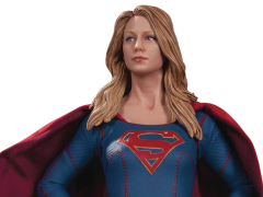 Supergirl 1/6 Scale Statue - Supergirl